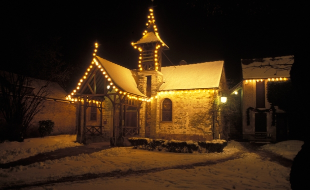 chapelle barbizon neige copie.jpg